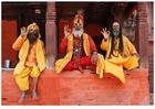Foto 3 Sadhus (heilige Hindumänner in Nepal)
