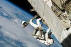 Foto Astronaut im Weltall