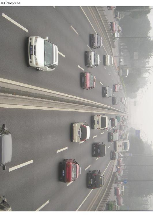 Autobahn - Smog in Peking