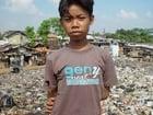 Foto Junge im Slum